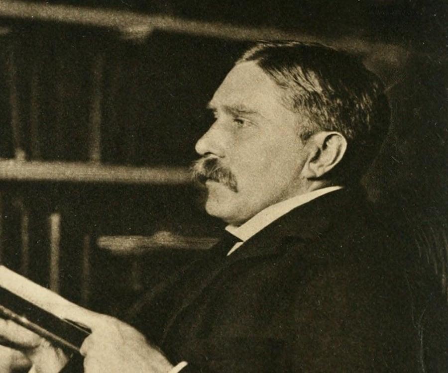 A. C. Benson Biography - Childhood, Life Achievements & Timeline