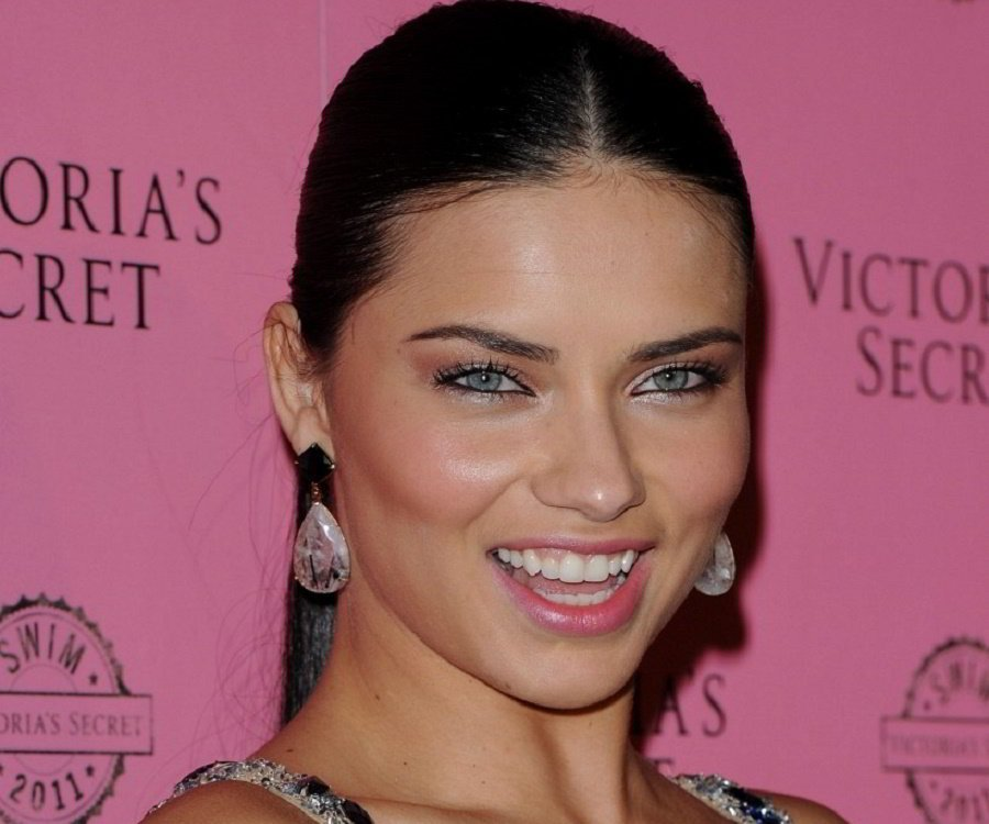 Adriana Lima: Facts, Childhood, Family Life