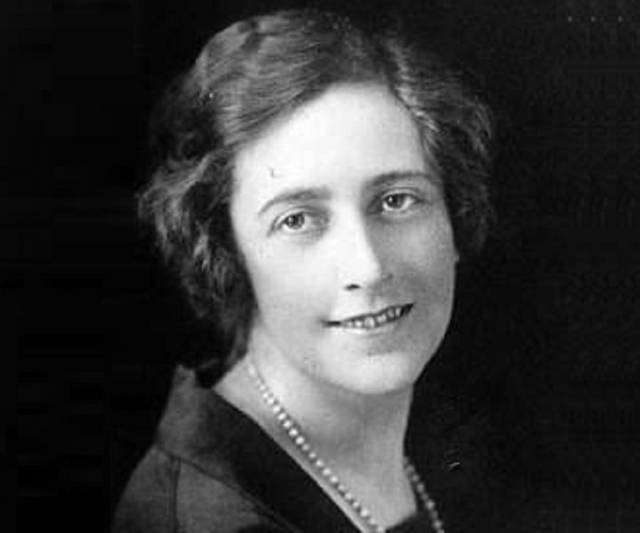 the biography of agatha miller Agatha christie was born agatha mary clarissa miller just outside torquay, england, on september 15, 1890, to frederick alvah miller and clarissa margaret beohmer miller because her two older .