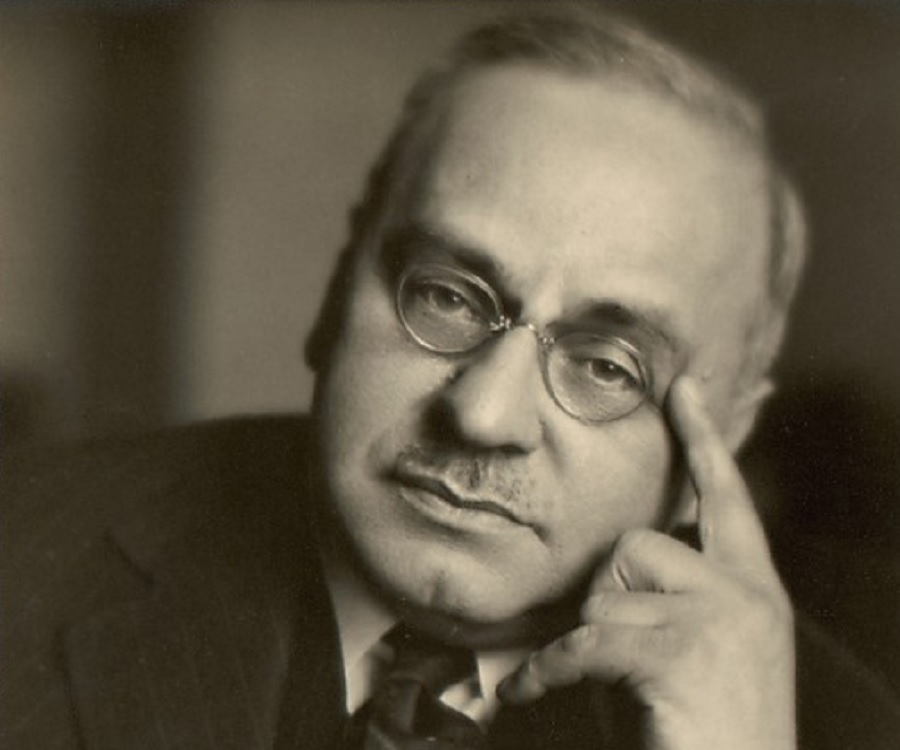 freud adler Adler developed the theory of personal development, freud the theory of sexuality and jung's of mythology all the three individuals had varied views on personality freud viewed an individual as possessing three levels of personality, the id, ego and the superego.