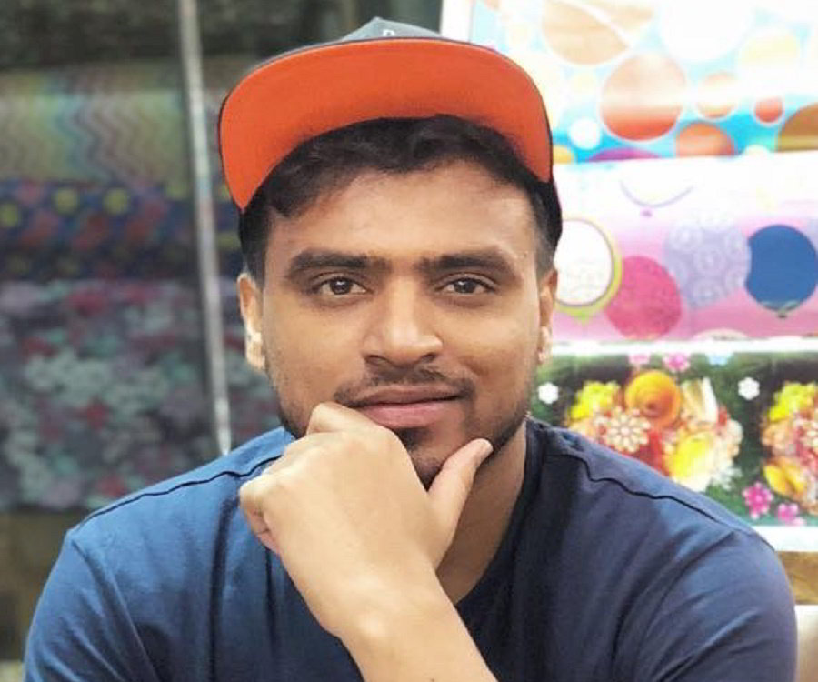 Bio, Facts, Family Life Of Indian YouTuber
