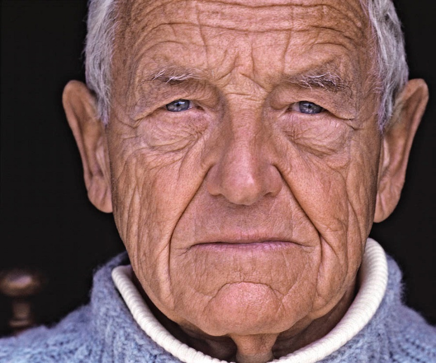 a biography of andrew wyeth an american painter Andrew wyeth was a realist painter who mainly employed a regionalist style his work garnered massive popularity, making him one of the most famous mid-twentieth-century american painters.