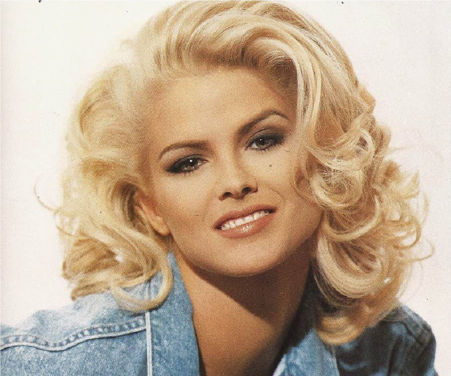 Anna Nicole Smith Biog...