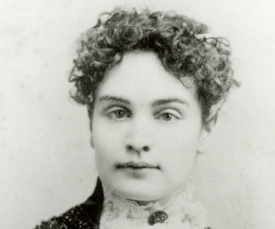 a character analysis of anne sullivan in the miracle worker