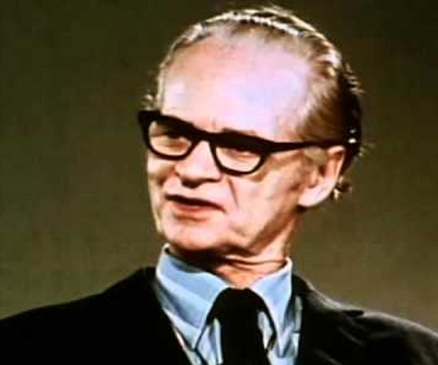 B. F. Skinner Biography - Childhood, Life Achievements & Timeline