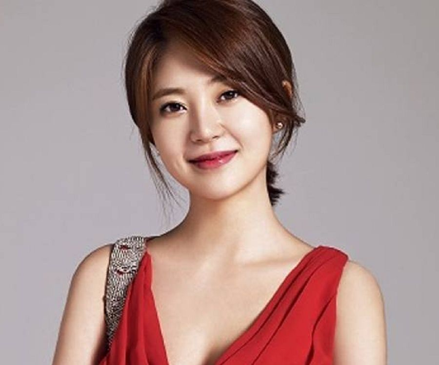 Baek Jin Hee Biography Facts Childhood Family Life Achievements Of South Korean Actress