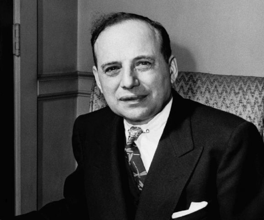 benjamin graham First published in 1934, security analysis is one of the most influential financial books ever written selling more than one million copies through five editions, it has provided generations of investors with the timeless value investing philosophy and techniques of benjamin graham and david l dodd.