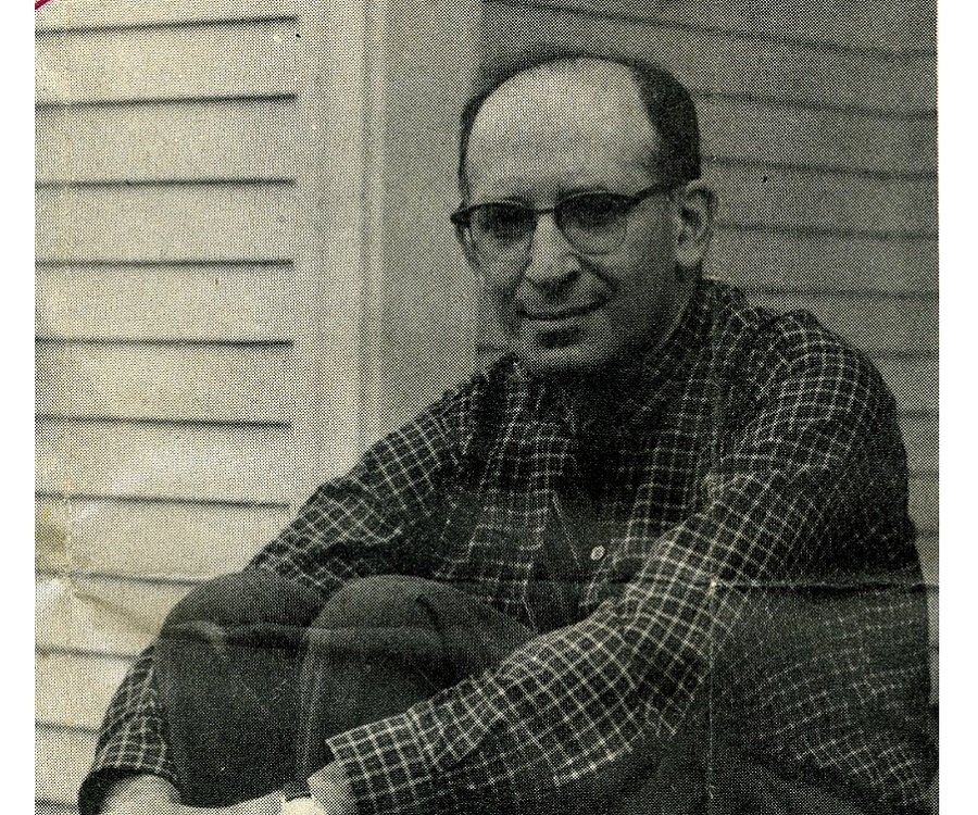 a biography of bernard malamud an american author Bernard malamud was born in brooklyn, new york, in 1914 as a boy, he enjoyed a vigorous and adventurous life in the city streets and parks his parents, max an.