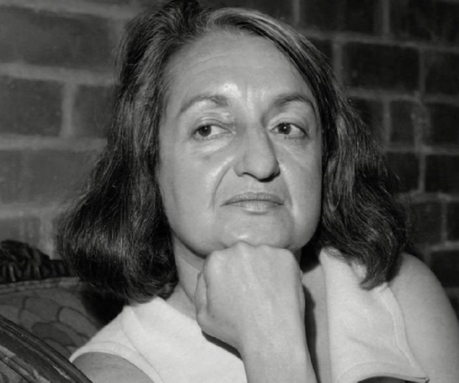https://www.thefamouspeople.com/profiles/images/betty-friedan-3.jpg
