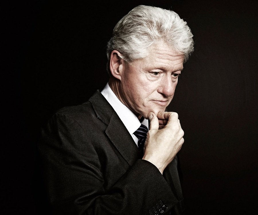 a biography of bill clinton This lesson will familiarize you with william 'bill' clinton, the 42nd president of the united states learn about his early life, his rise to.