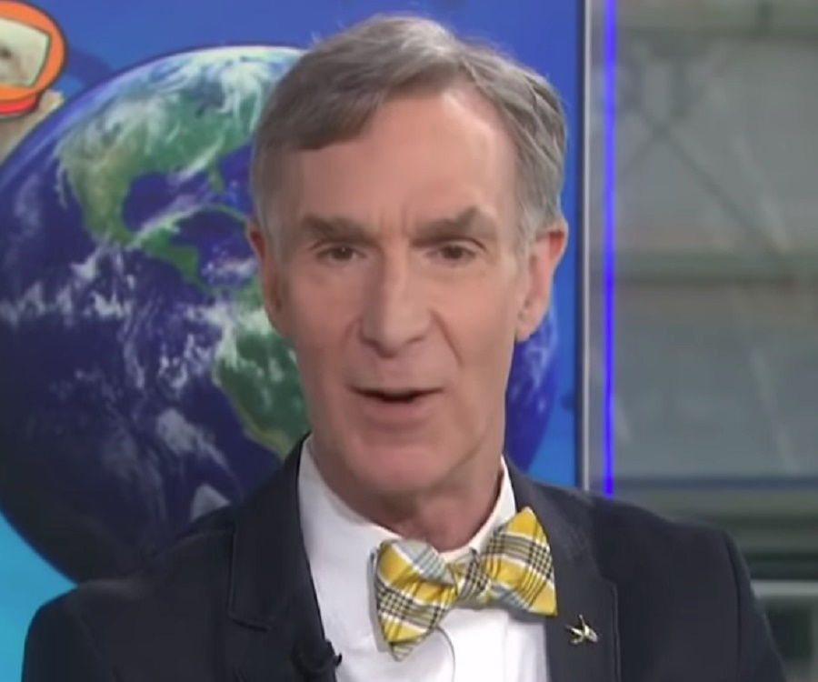 Bill Nye Biography - Childhood, Life Achievements & Timeline