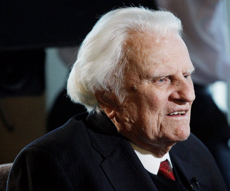billy graham essays Billy graham has been called pastor to the presidents.