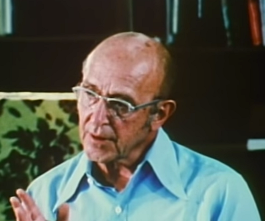 carl rogers biography Rogers' 19 propositions of person-centered therapy, along with rogers' bio, can be found here: .