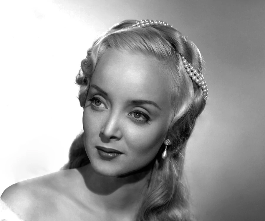 Carolyn Jones Biography - Facts, Childhood, Family ... The Addams Family Movie Quotes