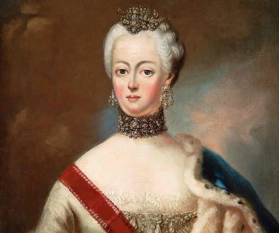 a biography of catherine the great During her rule from 1762 to 1796 the russian empress catherine ii made such  progress in political power that it is hard to find similar examples in world history.