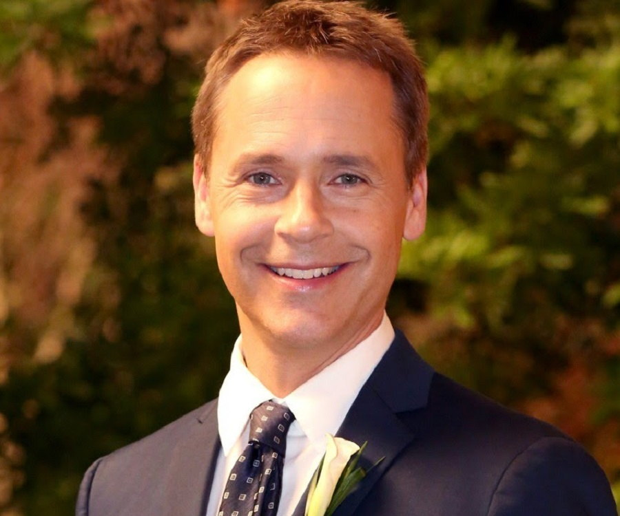 Chad Lowe Biography - Facts, Childhood, Family Life ...