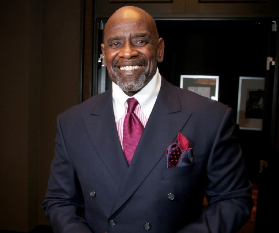 chris gardner Facts about chris gardner talk about the renowned american investor, author, entrepreneur, motivational speaker, stockbroker, and philanthropist he was born on 9 february 1954 in milwaukee, wisconsin with the full name christopher paul gardner.
