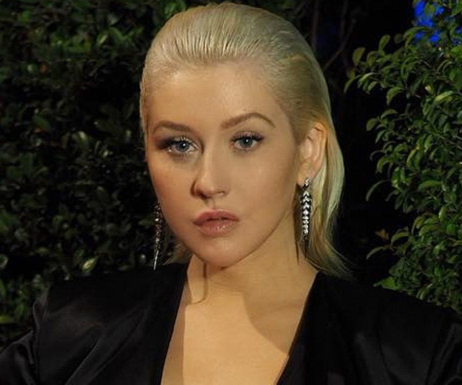 Christina Aguilera Biography - Childhood, Life ... Christina Aguilera