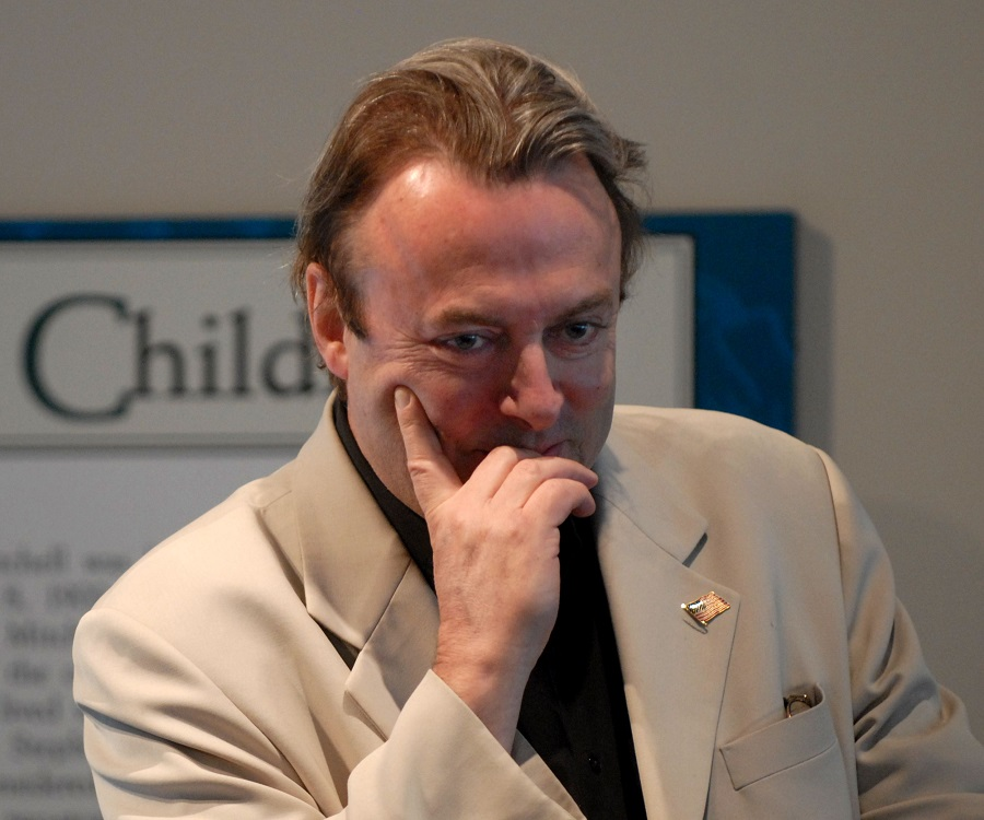 "best american essays christopher hitchens (rns) before his death at 62, christopher hitchens, the uber-atheist and best-selling author of ""god is not great: how religion poisons everything,"" considered becoming a christian."