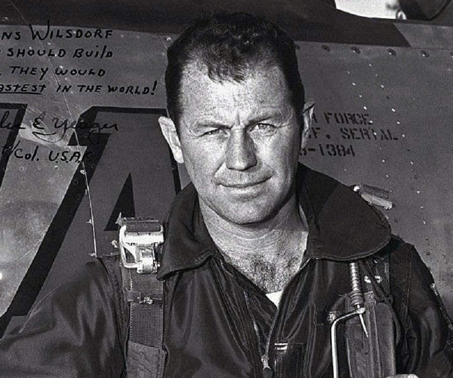 chuck yeager how tall