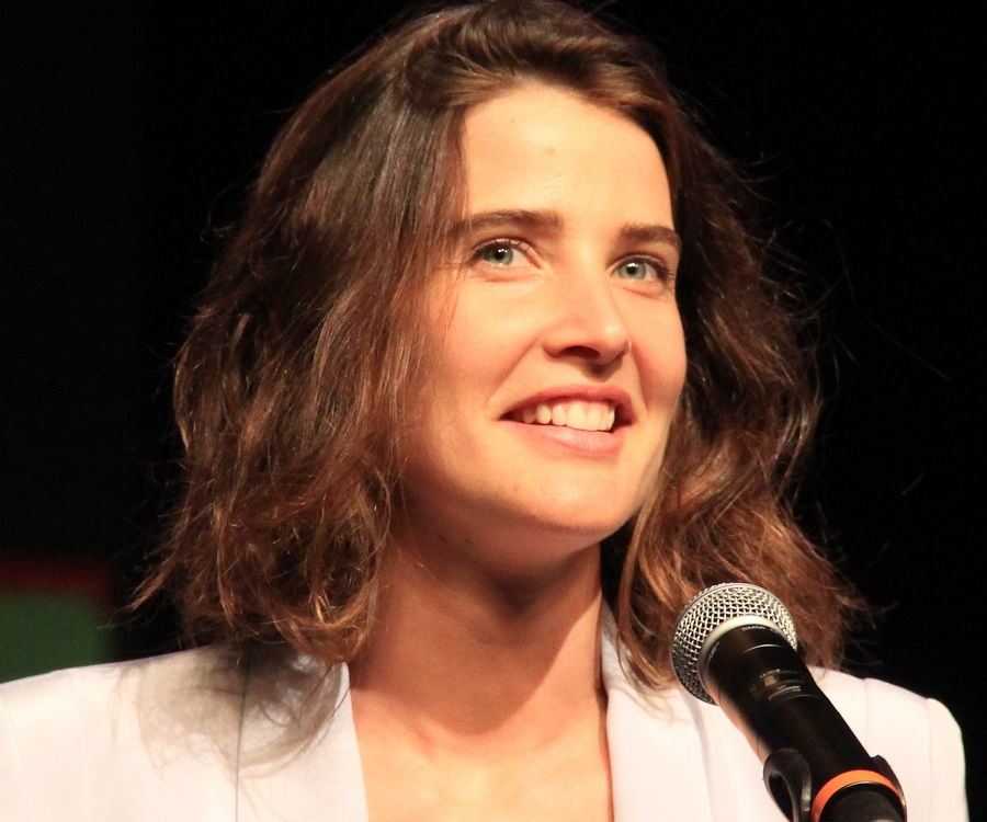 Cobie Smulders Bio Facts Family Life Of Canadian Actress