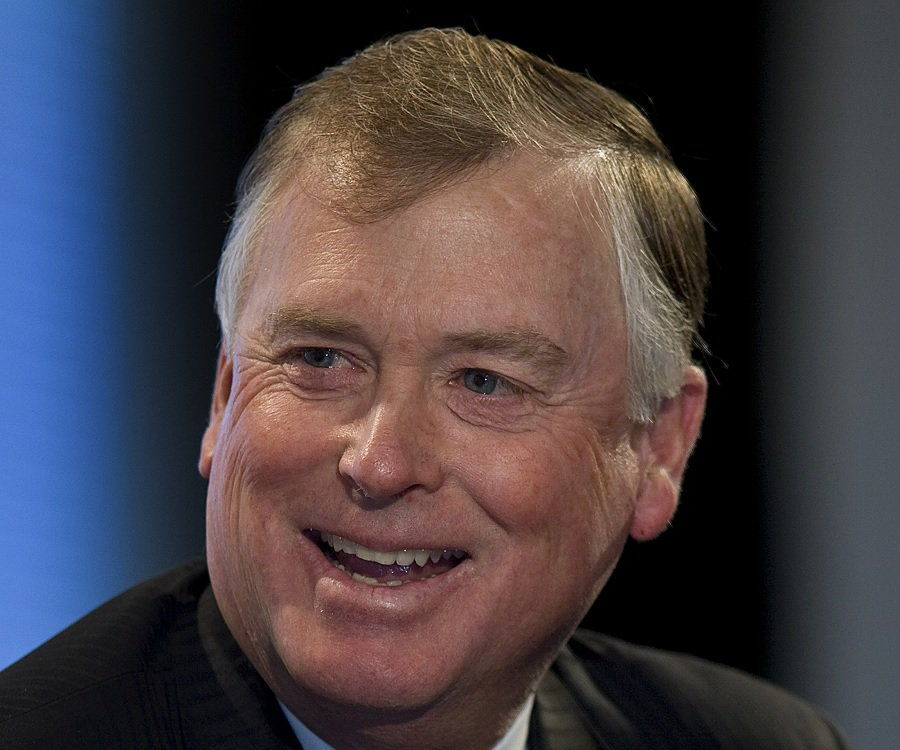 Dan Quayle Biography - Childhood, Life Achievements & Timeline