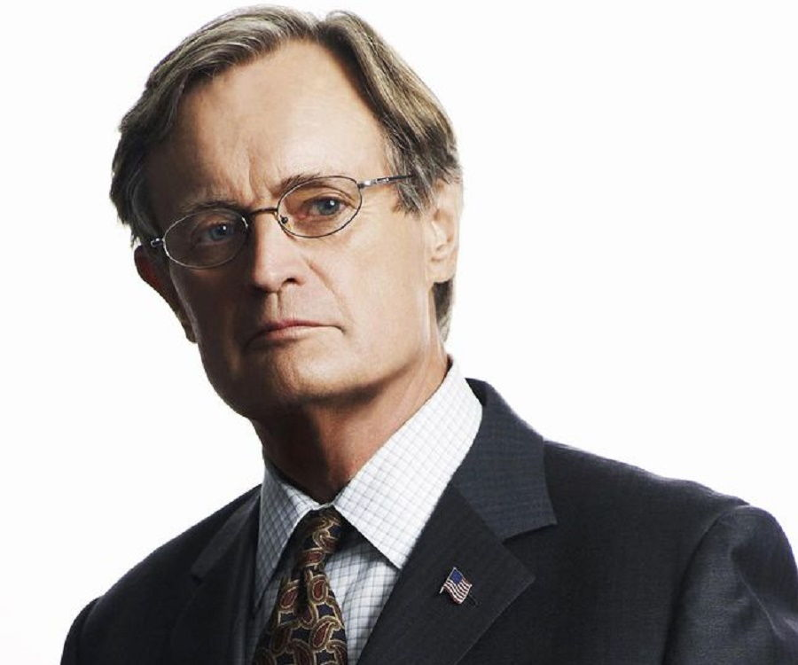 David McCallum Biography - Facts, Childhood, Family Life