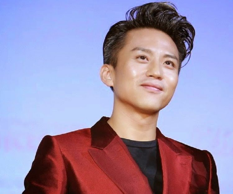 Deng Chao Biography - Facts, Childhood, Family ...