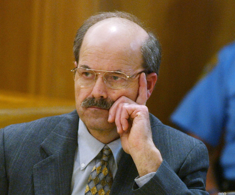account of the btk killer dennis rader Ultimately, rader's desire for the btk story to be told is how he was caught: in   adt security guy mindhunter btk killer dennis rader irl.