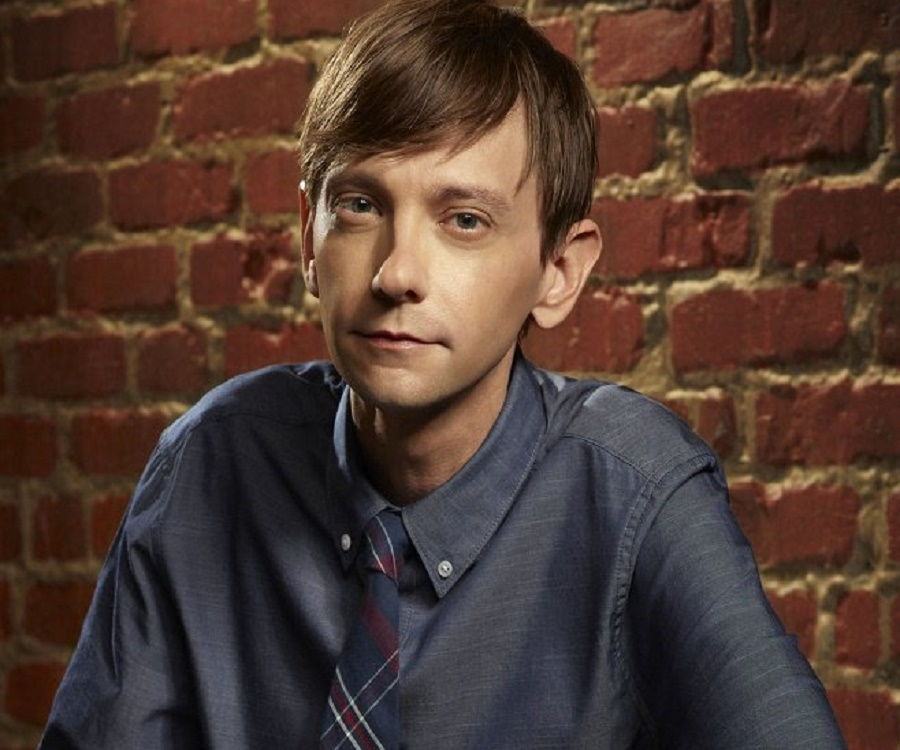 DJ Qualls Biography - Facts, Childhood, Family Life ...