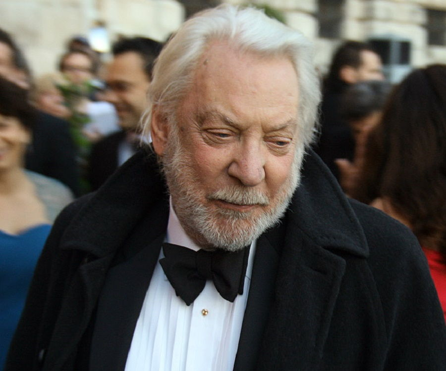 Donald Sutherland Biography - Facts, Childhood, Family ...