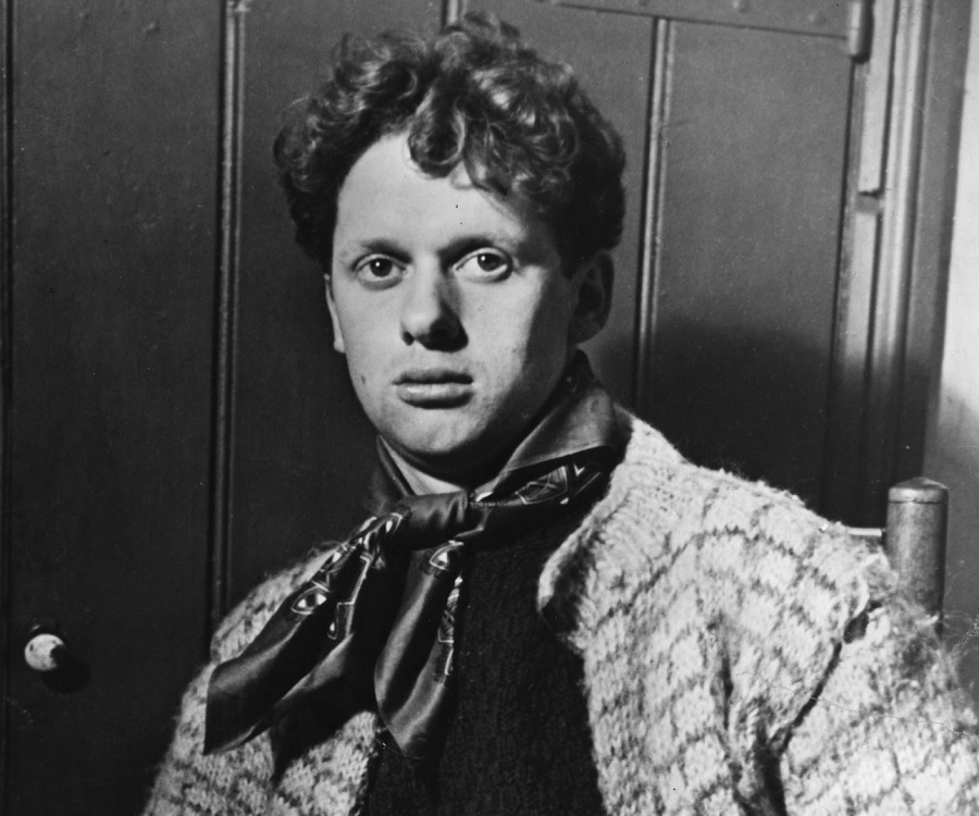Dylan thomas biography facts childhood family life for The dylan