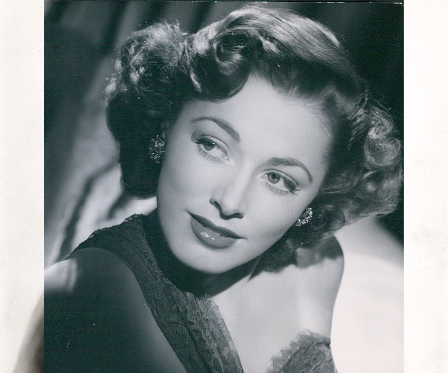 Eleanor Parker 7581 in addition Kate Winslet Keeps Her Oscar In The Bathroom 1201606879 further 6581 besides Dick Tracy Tunes Toons And Goons together with Tweet5. on oscar music nominations
