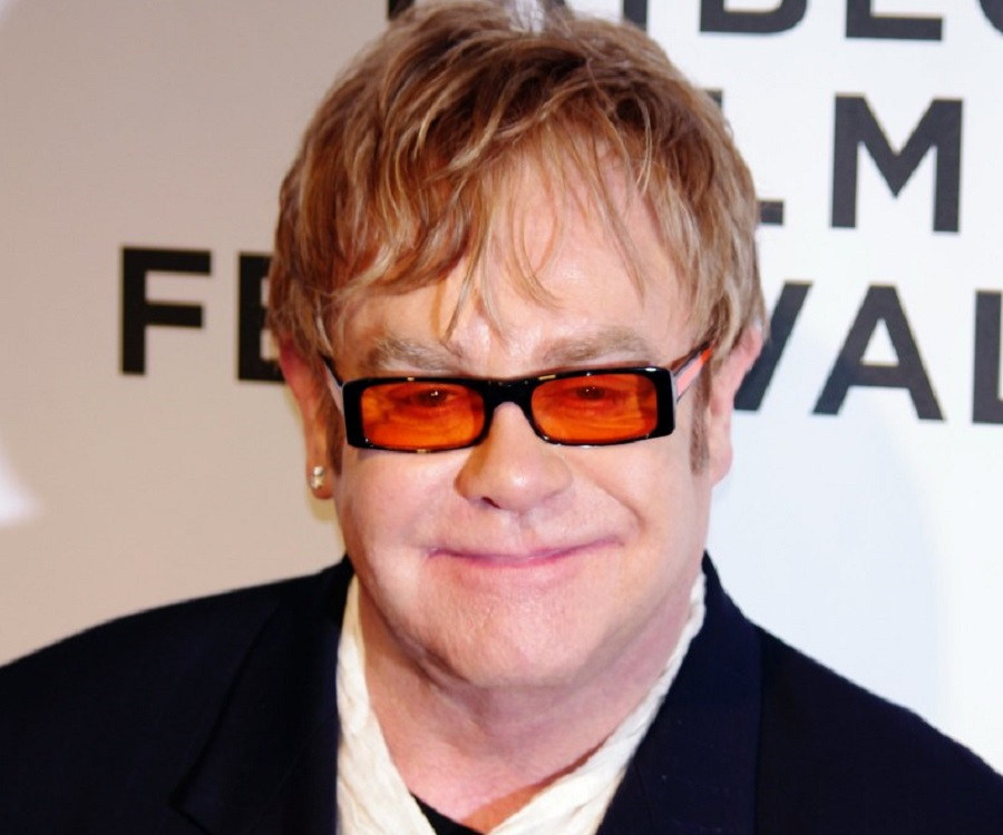 Elton John Biography - Facts, Childhood, Family Life & Achievements of Singer & Composer