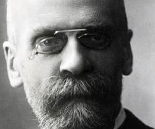 emile durkheim the division of labor Extracts from emile durkheim durkheim 1893 the division of labour in society translated into english by george simpson in 1933 timeline: durkheim 1895 rules of sociological method: durkheim's division of labour was published in 1893.