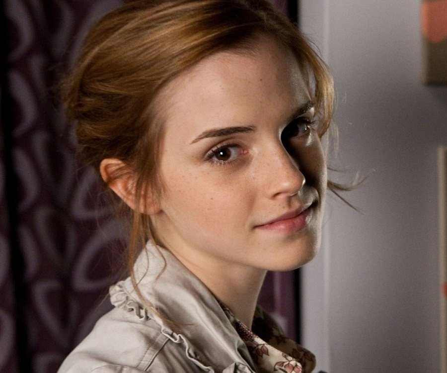 28+ Emma Watson Side Profile Images