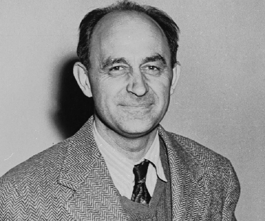 Examples List on Enrico Fermi