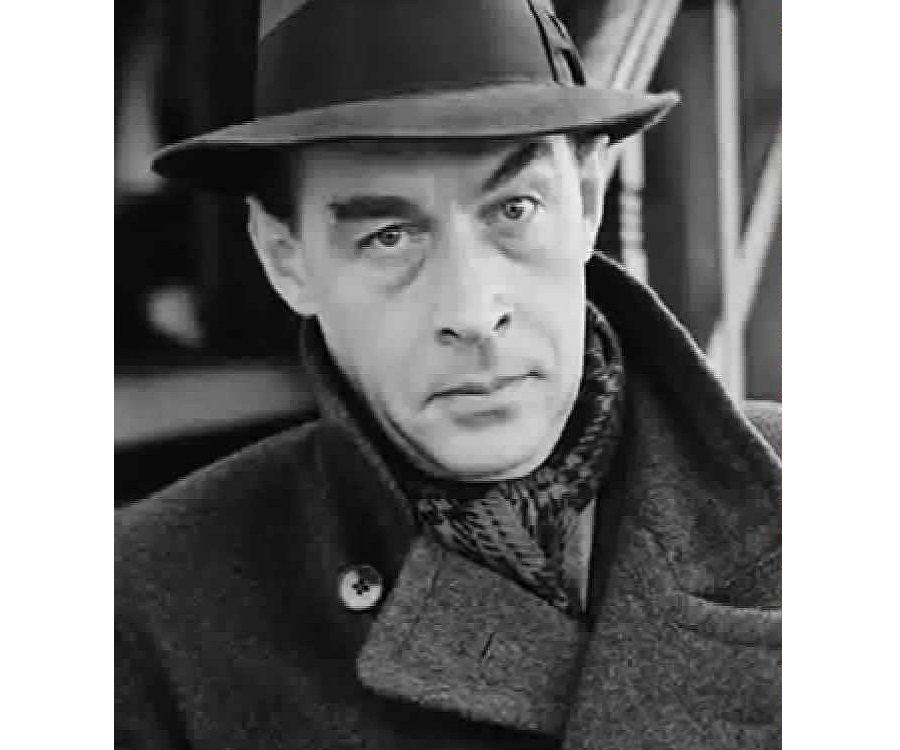 novel by erich maria remarque all All quiet on the western front homework help questions what are examples of similies and metaphors in chapter 4 of erich maria remarque's novel all.