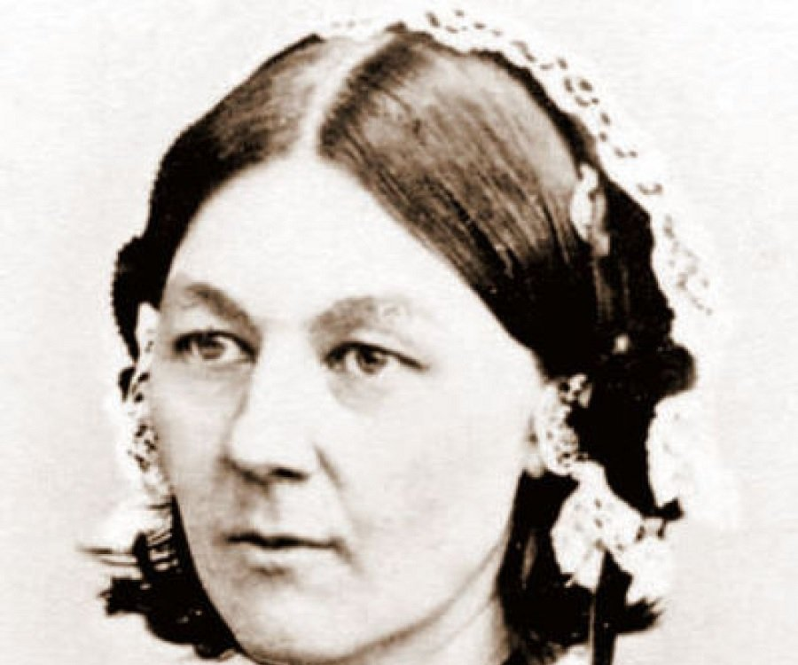 Florence Nightingale Biography - Childhood, Life Achievements ...