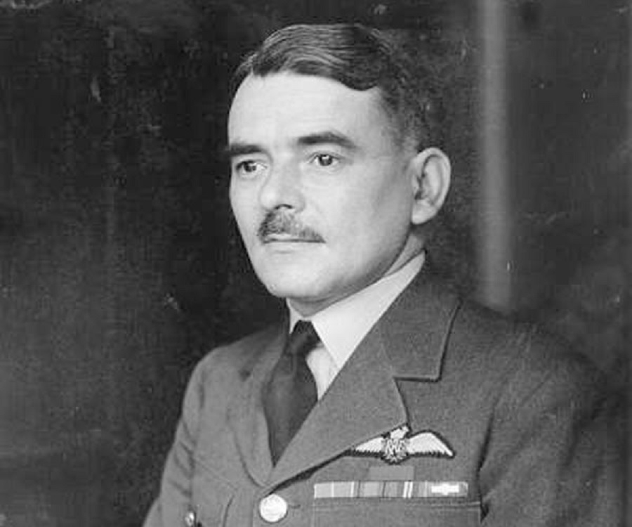 Frank Whittle Biography - Childhood, Life Achievements ...