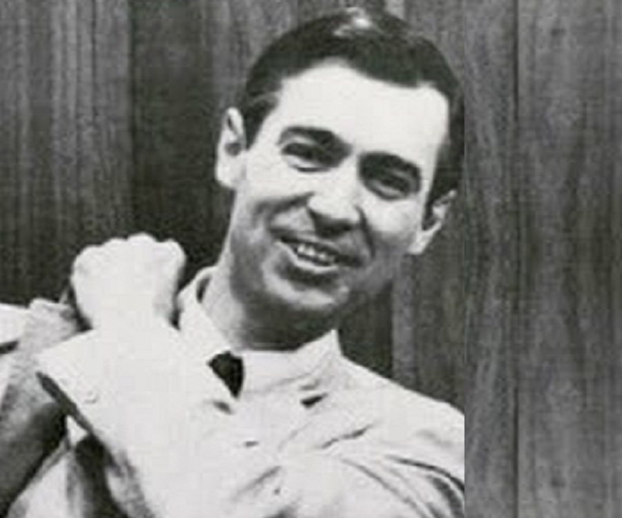 Fred Mcfeely Rogers Biography Facts Childhood Family Achievements Of Tv Personality