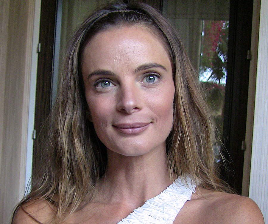 Gabrielle Anwar - Bio, Facts, Family Life of British Actress