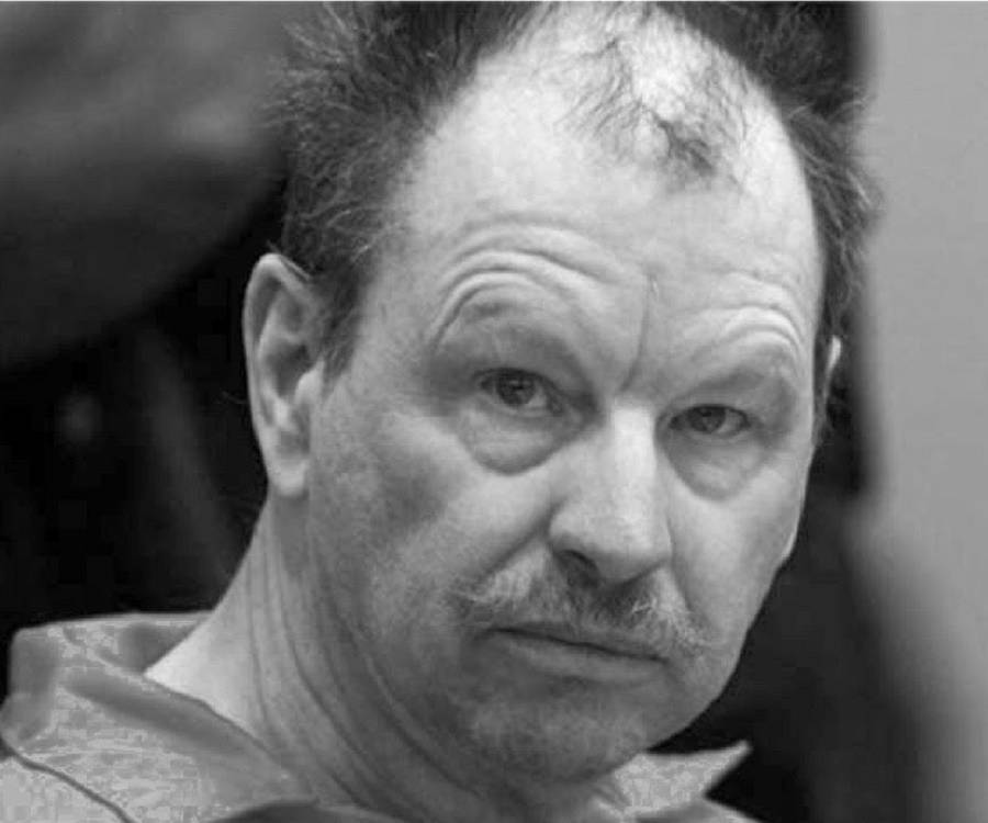 gary ridgway serial killer essay Gary leon ridgway (born february 18, 1949), also known as the green river killer, is an american serial killer he was initially convicted of 48 separate murders.