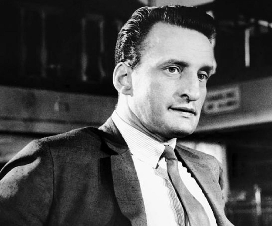 What result? George c scott the hustler