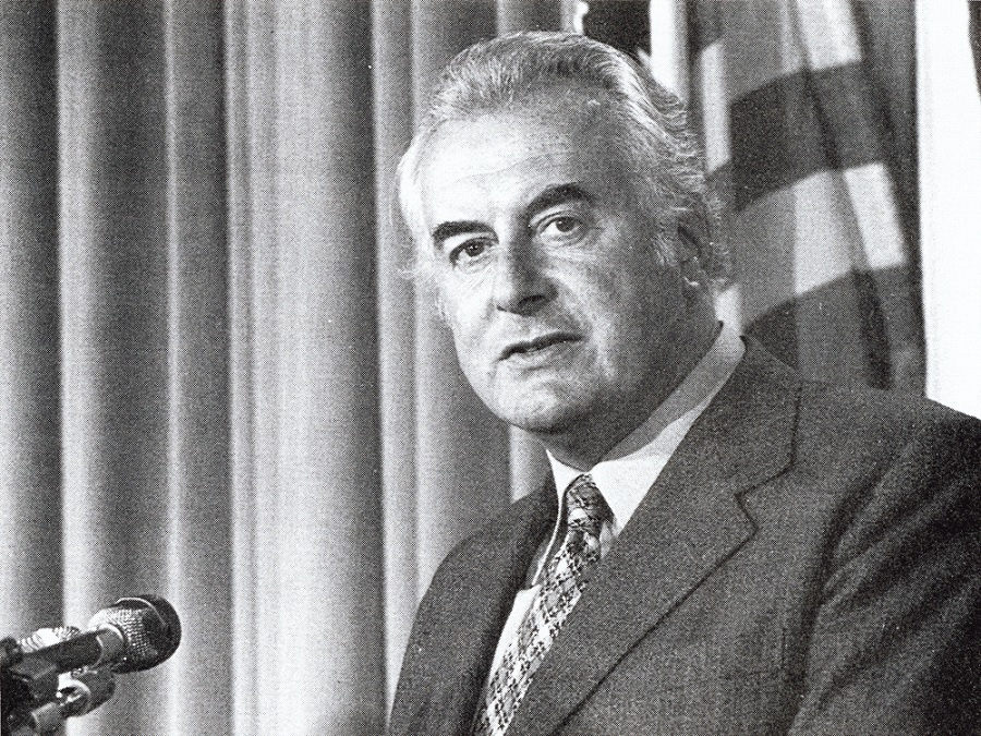 a biography of edward gough whitlam the 21st prime minister of australia Today australia is mourning the loss of gough whitlam whitlam was the 21st  prime minister of our nation between the years of 1972 and 1975,.