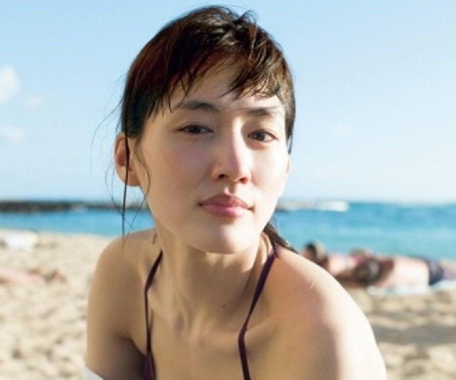 Ayase Haruka Hot Pics - Unusual Attractions