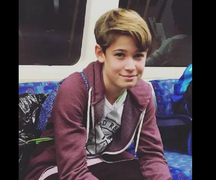 How Old Was Max Born >> Harvey Mills - Bio, Facts, Family Life of Musical.ly Star & YouTuber