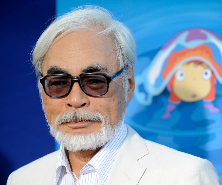 miyazaki s portrayal of age in howl s Miyazaki hayao, (born january 5, 1941, tokyo, japan), japanese anime director whose lyrical and allusive works won both critical and popular acclaim miyazaki's father was the director of miyazaki airplane, a manufacturing concern that built parts for zero fighter planesthe family business instilled in miyazaki a love of flying that became apparent in virtually all of his work.