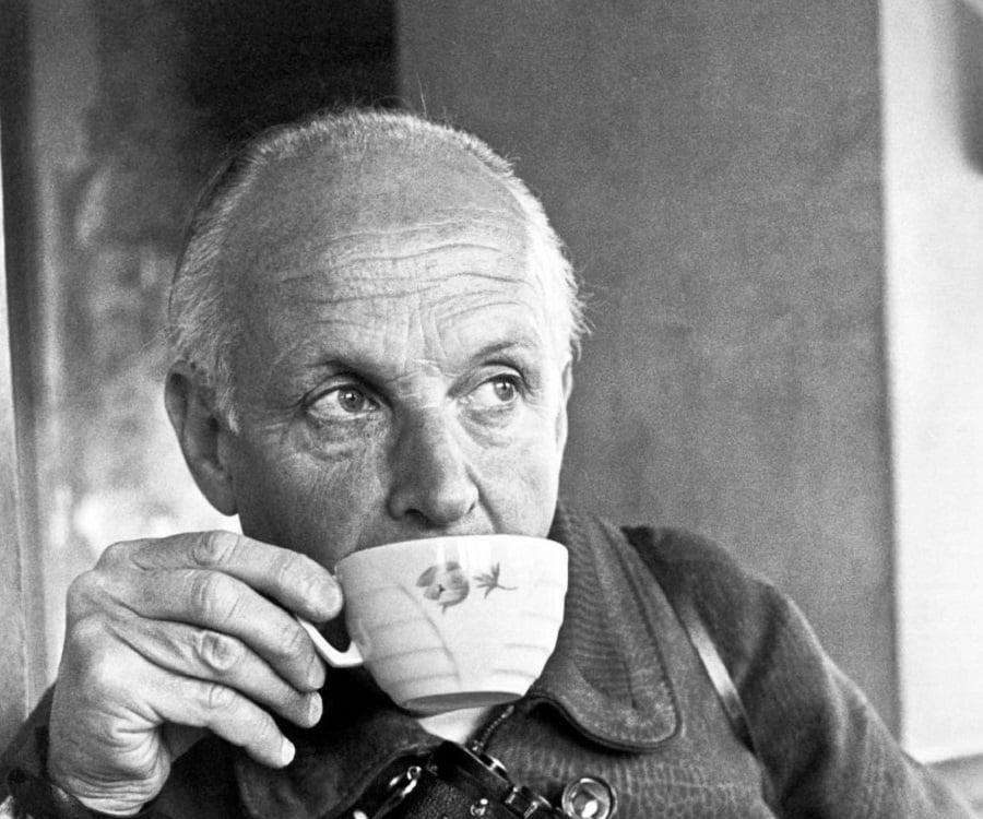 Super Henri Cartier-Bresson Biography - Childhood, Life Achievements  LZ32