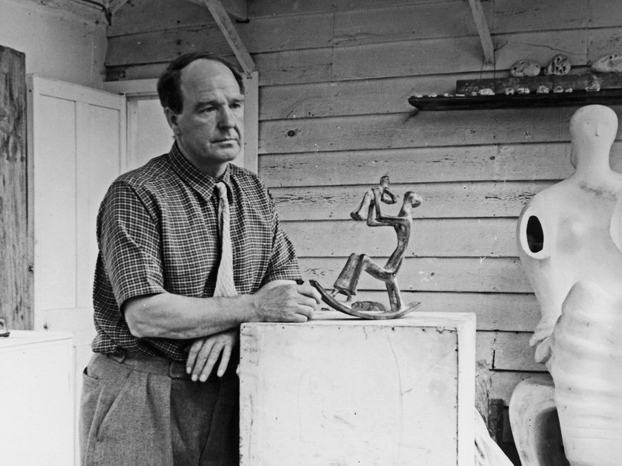 Henry Moore Biography - Childhood, Life Achievements & Timeline